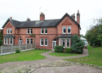 4 bed property for sale in The Woodside, Baldwins Gate, Newcastle-Under-Lyme ST5