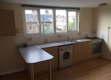 Thumbnail 1 bed flat to rent in Bingley Road, Shipley