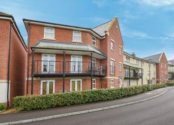 Thumbnail 2 bedroom flat for sale in Cirrus Drive, Reading