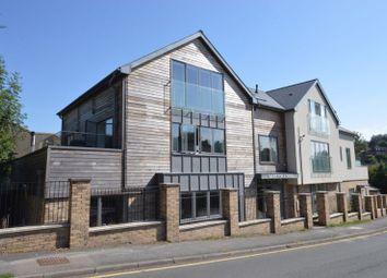 Weydown Road, Haslemere GU27. 1 bed flat