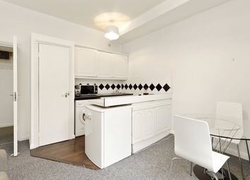 1 bed property to rent in Queens Gardens, London W2