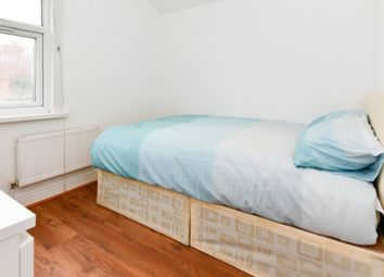 Thumbnail Room to rent in Lonsdale Ave, East Ham / Upton Park