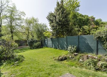 Thumbnail 2 bedroom flat to rent in Alexandra Park Road, Muswell Hill, London