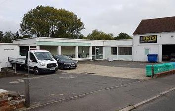Thumbnail Commercial property for sale in Chequers Yard, 36 Lowden, Chippenham, Wiltshire
