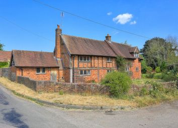 Thumbnail 5 bed property to rent in Codicote Road, Whitwell, Hitchin