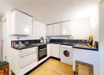 1 bed property to rent in Triangle Road, London E8