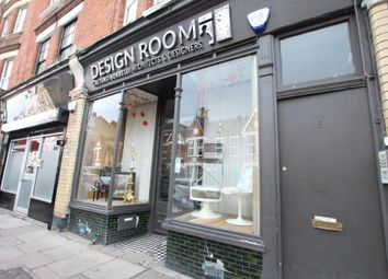 Thumbnail Retail premises to let in Crescent Road, London
