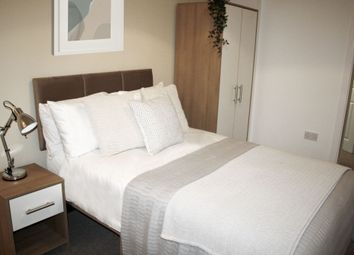 Thumbnail Room to rent in Room 5, Glyn Avenue