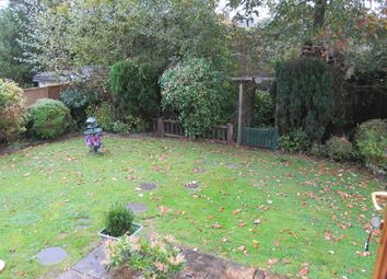 Thumbnail 2 bed mobile/park home for sale in Green Hedges Park (Ref 5452), Bryncoch, Nr Neath, West Glamorgan, Wales