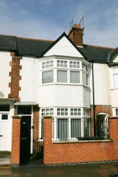 Thumbnail 2 bed flat to rent in Winchester Avenue, Leicester