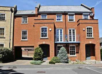 4 bed town house for sale in Rockbourne Road, Sherfield-On-Loddon, Hook RG27