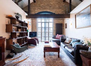 Millennium Drive, London E14. 2 bed flat for sale