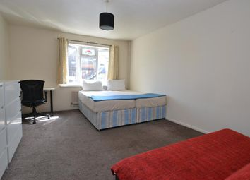 Thumbnail 5 bed terraced house to rent in Old Montague Street, Whitechapel, London