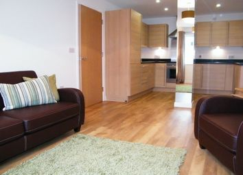 Thumbnail 1 bedroom flat to rent in Quayside, Bute Crescent, Cardiff