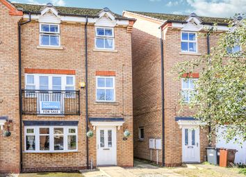 Thumbnail 4 bedroom town house for sale in Bay Avenue, Bilston