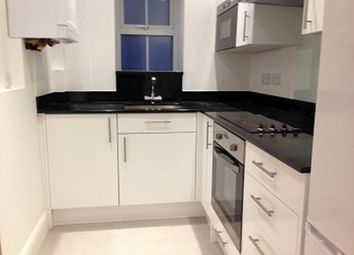 Thumbnail 2 bed flat to rent in Bounds Green Road, London