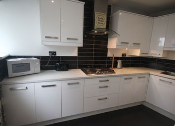 Room to rent in Grenville Road, St Judes, Plymouth PL4