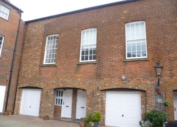 Thumbnail 2 bedroom mews house to rent in North Street, Gosport