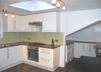 Thumbnail 1 bed flat to rent in Park Avenue, Palmers Green