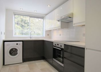 Thumbnail 2 bedroom flat to rent in Goldstone Crescent, Hove