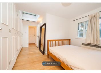 Thumbnail 1 bed flat to rent in Neal Street, London