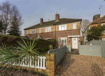 2 bed flat to rent in Little Common, Stanmore HA7