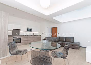 2 bed flat to rent in Opal Court Chase Side, Southgate, London N14