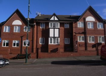 Thumbnail 1 bed flat to rent in Clwyd Avenue, Prestatyn