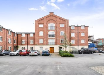 Thumbnail 2 bed flat for sale in Princes Drive, Worcester