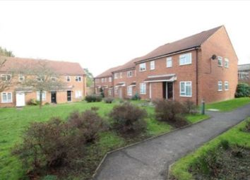 2 bed flat to rent in Taylors Close, Sidcup DA14