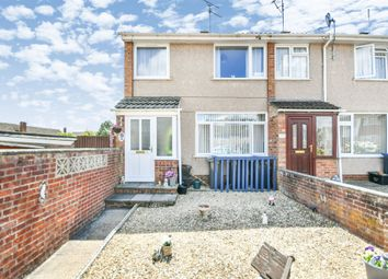 3 bed end terrace house for sale in Stonelea Close, Chippenham SN14