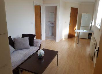Thumbnail 1 bedroom flat to rent in Windsor Walk, Luton