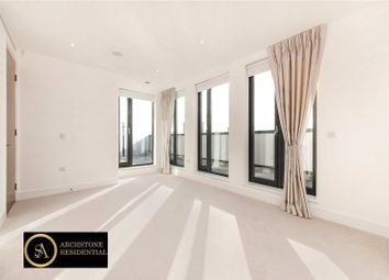Thumbnail 3 bed flat to rent in Fairmont Mews, Llanvanor Rd, Golders Green, London