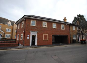 Thumbnail 1 bed flat to rent in New Road, Linslade, Leighton Buzzard