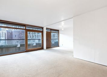 Thumbnail 2 bed flat for sale in Thomas More House, Barbican
