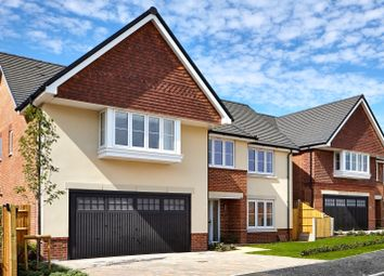 Thumbnail 5 bed detached house for sale in Beech Hill Road, Spencers Wood, Reading
