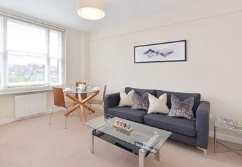 Thumbnail 1 bed detached house to rent in Hill Street, London