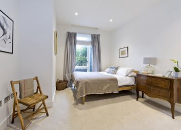 Thumbnail 1 bed flat to rent in Nautilus House, 14 West Row, London