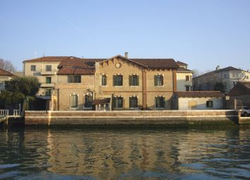 Thumbnail 6 bed villa for sale in Venezia, Venezia, Veneto