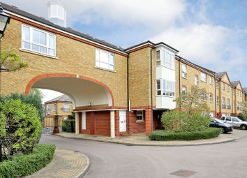 Thumbnail 2 bed flat to rent in Malthouse Drive, Chiswick