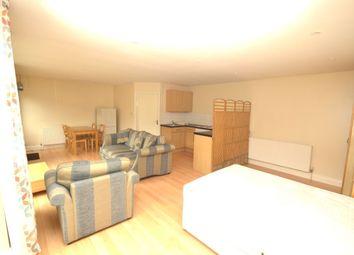 Thumbnail Studio to rent in Rydal Gardens, Whitton, Hounslow