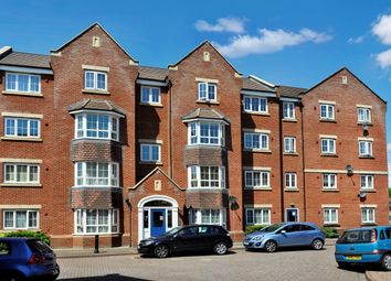 Thumbnail 1 bed property to rent in Bramley Court, Dunstable