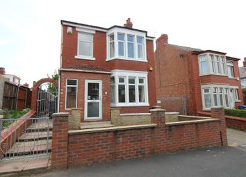 3 bed detached house to rent in Wayman Road, Blackpool FY3
