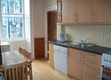 4 bed flat to rent in East London Street, New Town, Edinburgh EH7