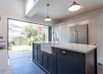 Thumbnail 5 bed terraced house to rent in Junction Road, London