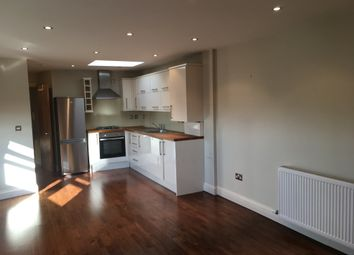 Thumbnail 1 bed flat to rent in Elderfield Road, Hackney