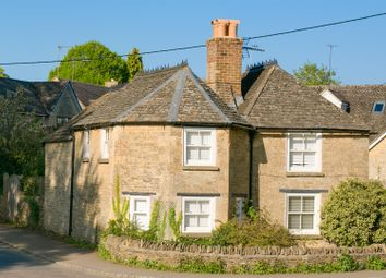 Thumbnail 3 bed cottage for sale in The Slade, Charlbury, Chipping Norton