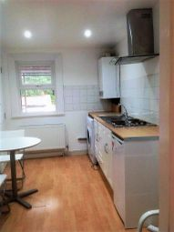 Thumbnail 1 bed flat to rent in Peckham Rye, London