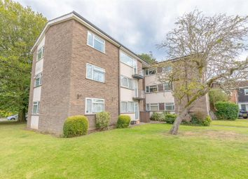 Thumbnail 2 bedroom flat for sale in Chantry Close, Windsor