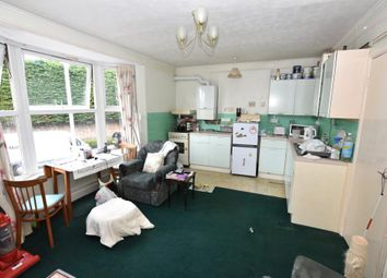Thumbnail 1 bedroom flat for sale in Bitton Park Road, Teignmouth, Devon